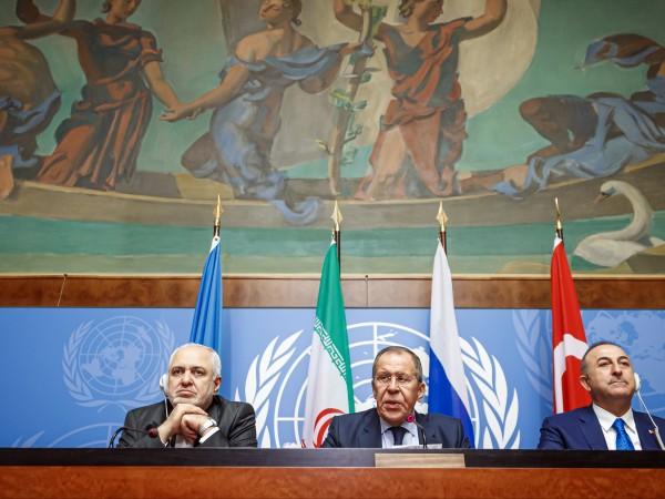 Трите регионални сили, въвлечени в гражданската война в Сирия, подкрепят