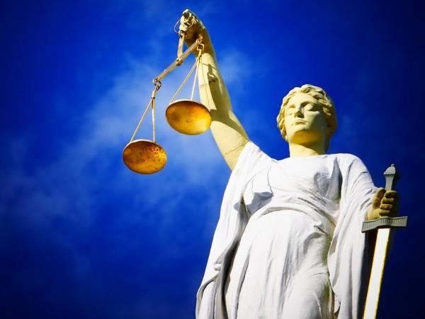 Варненската районна прокуратура внесе в съда обвинения срещу студент и