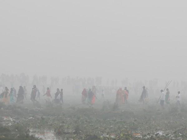 """Снимка: Делхи е задушаван от """"тих убиец"""", а властите бездействат"""