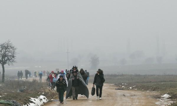 Деца-бежанци могат да останат у нас, докато навършат 18
