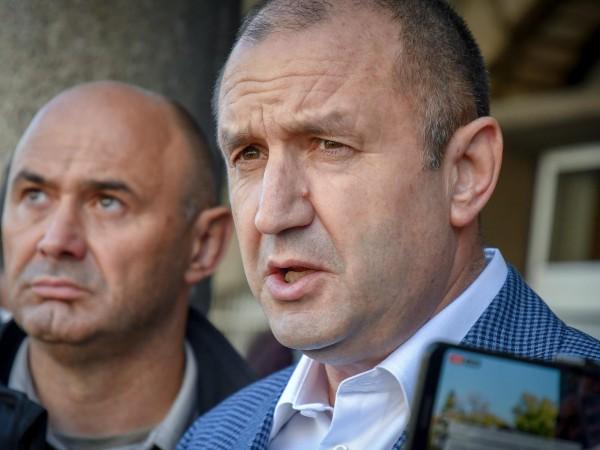 Президентът Румен Радев връща указа за назначаване на Иван Гешев