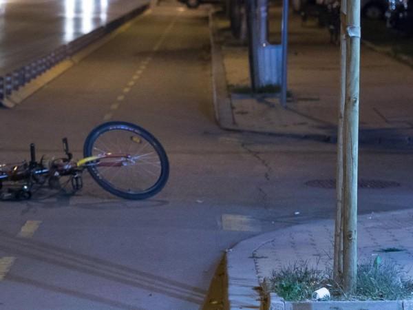 Продължава издирването и установяването на шофьора, блъснал и убил велосипедист