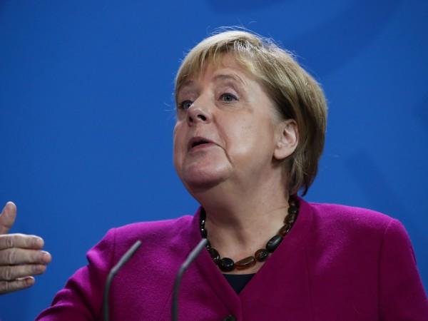 Германската канцлерка Ангела Меркел и външният й министър Хайко Маас