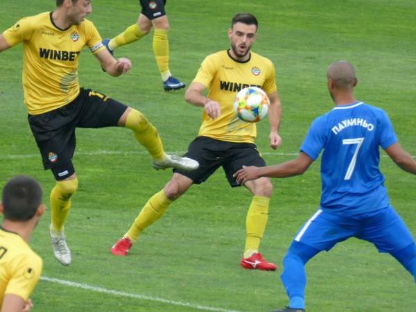 Левски допусна загуба с минималното 0:1 от Ботев Пловдив в