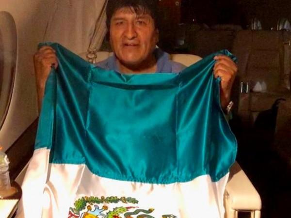 Ево Моралес, който преди два дни подаде оставка под натиска