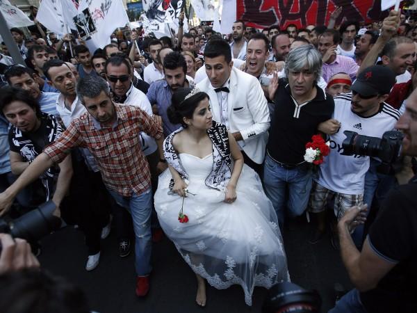 Турция е европейската страна, в която браковете се сключват на