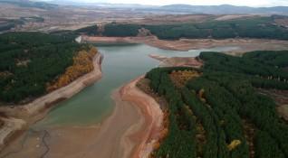 Кметът на Перник не иска драстичен воден режим