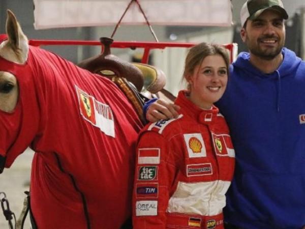 Ferrari все още тече във вените на семейство Шумахер.Михаел Шумахер