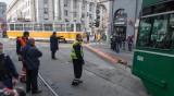 Изтеглиха дерайлиралия трамвай до Съдебната палата