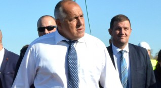 Борисов обеща: Няма да се променят данъците!