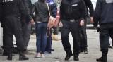 Акция в Бургас, задържаха осем души за кражби и дрога