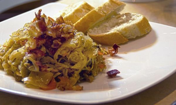 Рецептата Dnes: Зеле с гъби и бекон