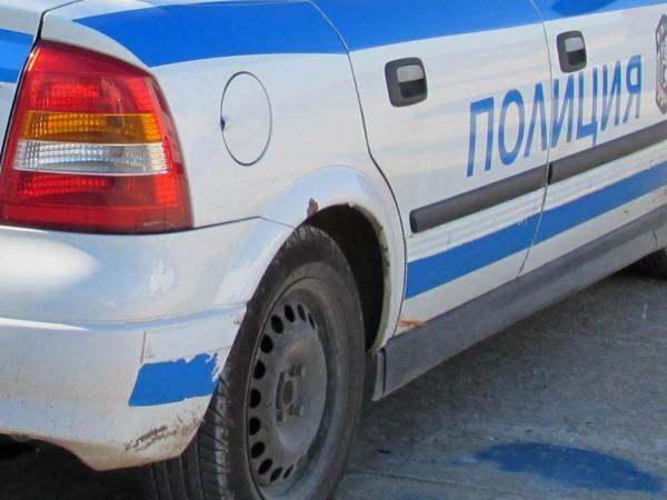 Двама полицаи са пострадали при катастрофа на кръстовище в София,