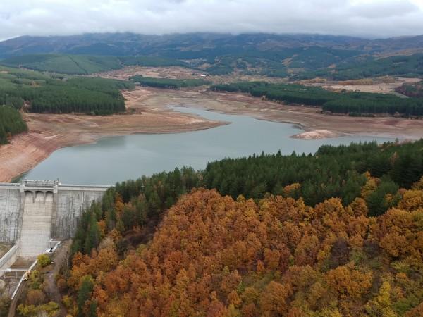 Предлагат нов вариант за режим на водата в Перник. Според