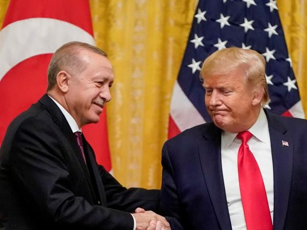 """Снимка: Тръмп е """"голям фен на Ердоган"""". Срещата между тях – чудесна"""