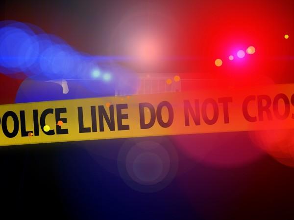 19-годишен ученик уби един и рани трима, след като откри