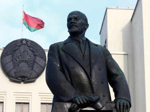 Западните лидери обмислят да подкрепят авторитарния лидер на Беларус Александър
