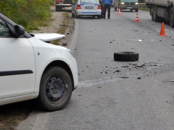Шофьор на лек автомобил е загинал в пътен инцидент на