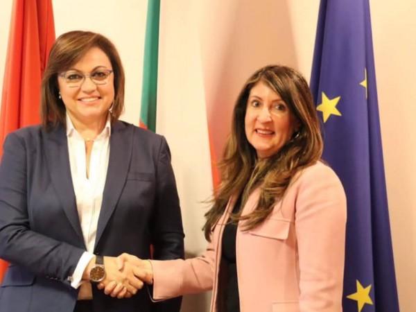 Председателят на БСП Корнелия Нинова се срещна с посланика на