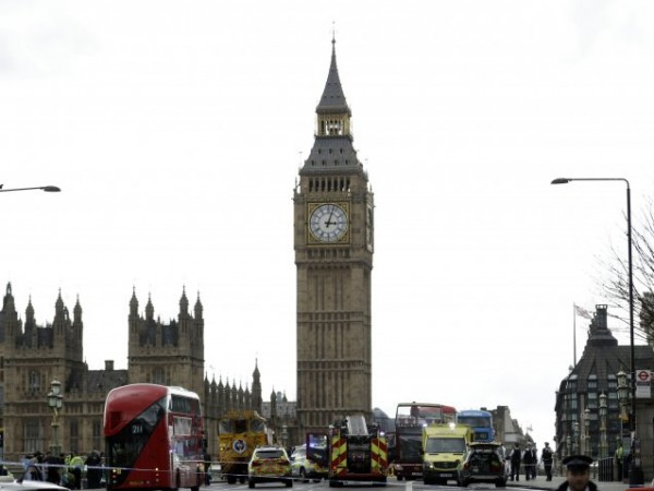 Европейската комисия откри наказателна процедура срещу Великобритания тази вечер заради