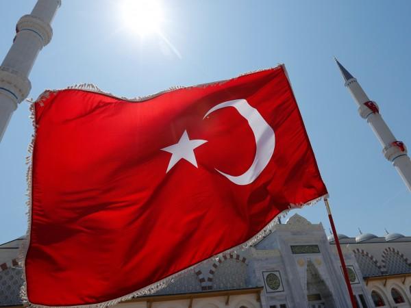 Турция е купила от Русия противоракетни системи С-400, за да
