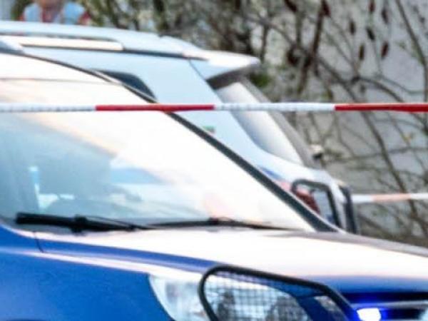 Полицията във Велико Търново блокира района около кооперативния пазар в