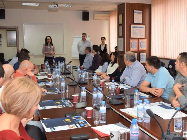 Стартира първата съвместна обучителна програма между небанковия финансов холдинг Management