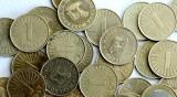 Вдигат минималната заплата в Северна Македония до 464 лева