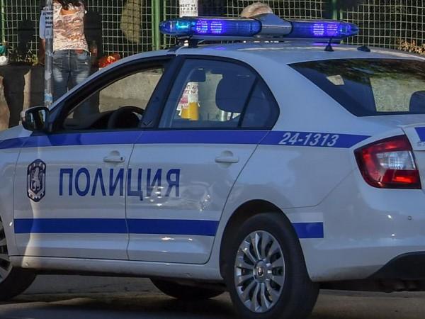 """Двама мъже са загинали при катастрофа на автомагистрала """"Хемус"""", съобщиха"""