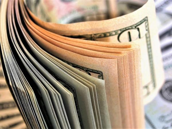 Пловдивски полицай е искал пари на заем от граждани в