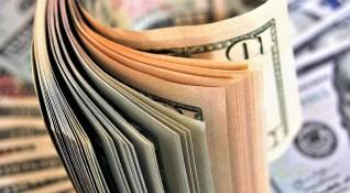 Пловдивски полицай искал пари от хората, сега го съдят