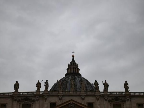 Светият престол се присъедини днес към критиките по света към