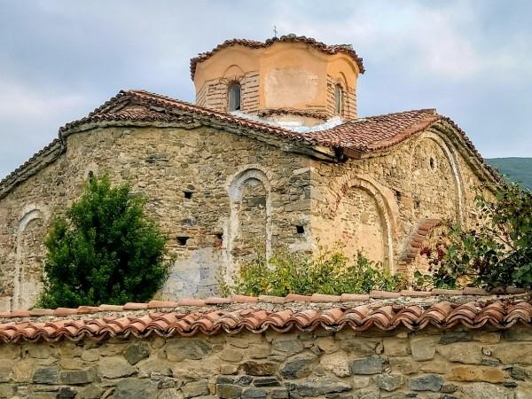 Пазарджишкото село Паталеница е едно наистина живо селище, притежаващо хилядолетна