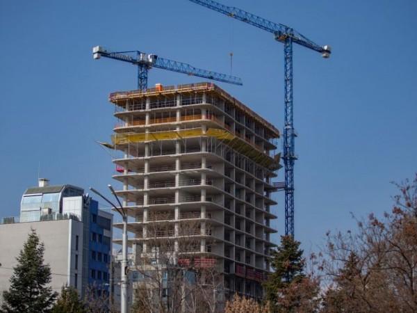 """Фирмата Артекс, която строи небостъргача """"Златен Век"""" в столичния квартал"""