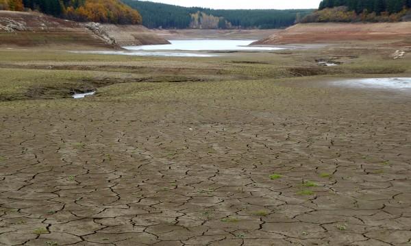 Перник остава на воден режим, ако не вали обилно