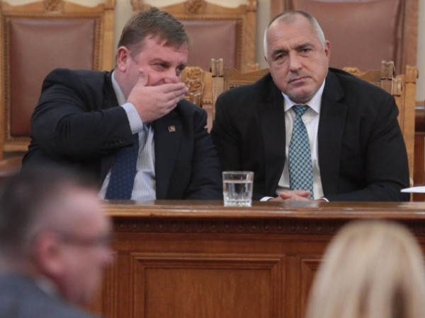 Обвиненията за българска следа в шпионския скандал в Сърбия не