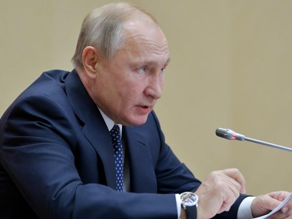 Руският президент Владимир Путин заяви в петък, че е обезпокоен