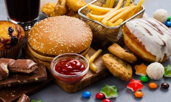 Признаци, че е време да намалите преработените храни