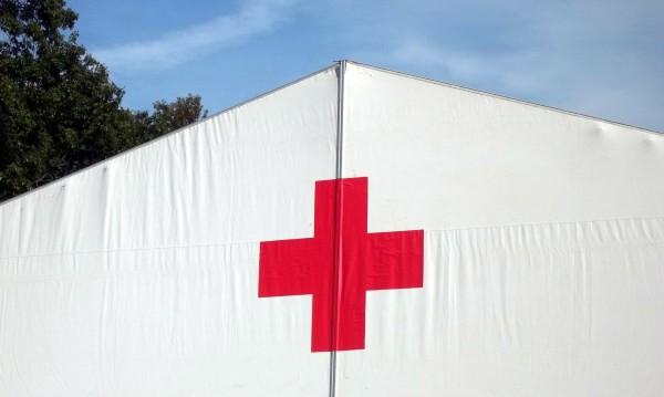 Изпращаме хуманитарната помощ за албанците