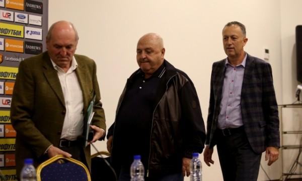 Емил Костадинов поема функциите на Йордан Лечков в БФС