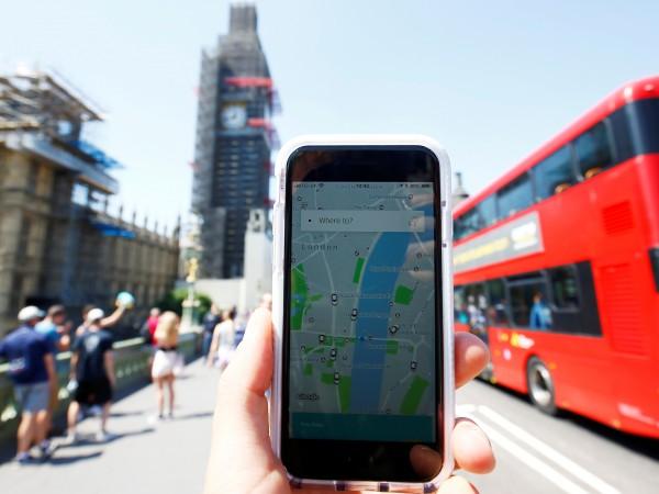 Лондон забрани технологичната компания Uber за първи път, когато беше