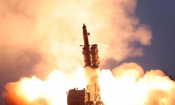 КНДР построила десетки ракетни площадки за месеци?