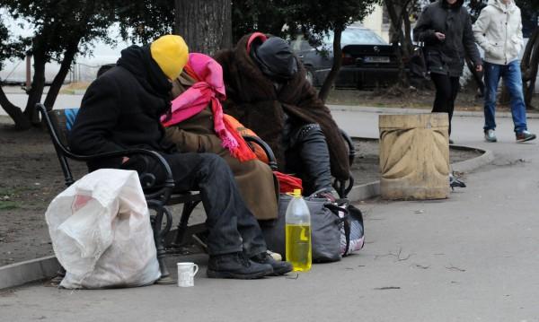 Заради студа: Приютите за хора без дом - препълнени