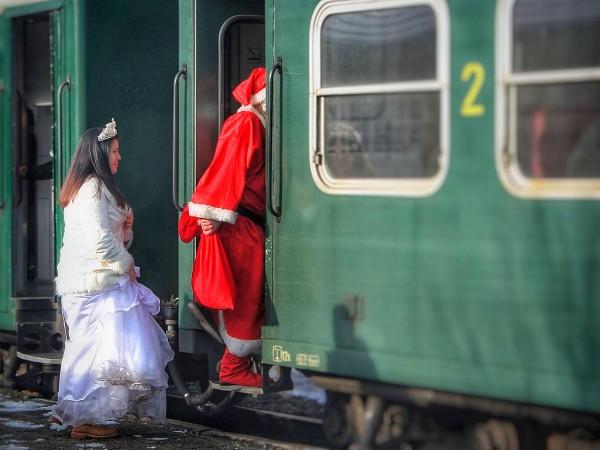 """В специален коледен влак ще се превърне композицията """"Родопи"""" на"""