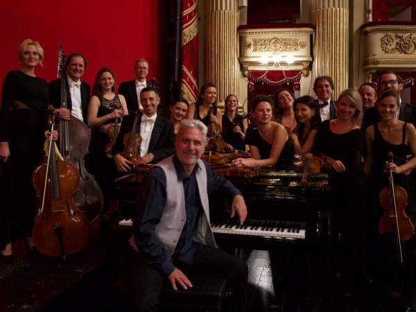 На 15 декември от 20:00 часа Камерният оркестър на Театър
