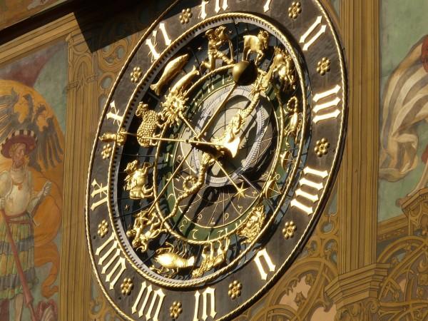 Астрологията дава възможност на хората да открият с кои зодиакални