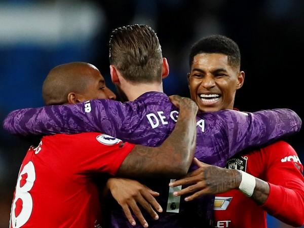 Манчестър Юнайтед постигна сензационна победа с 2:1 при визитата си