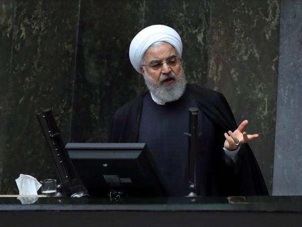 Иранският президент Хасан Рохани представи днес в парламента проектобюджет за