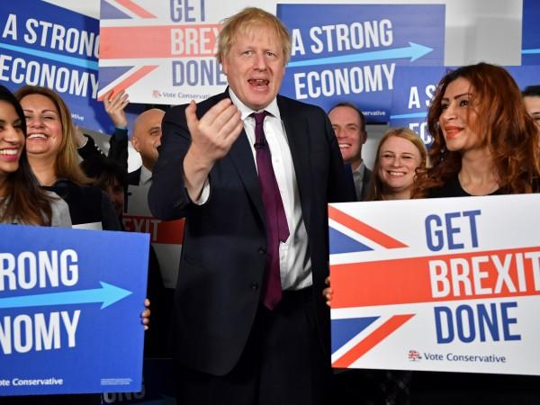 Великобритания ще въведе три вида работни визи след изборите. Това