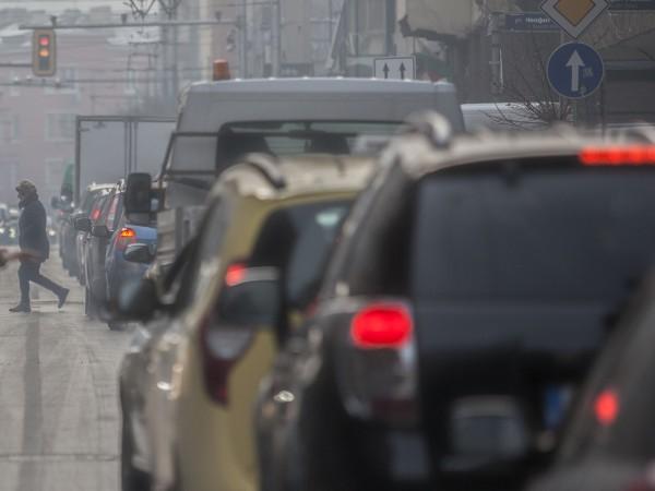 Показанията на станциите за измерване на замърсяването на въздуха сочат,